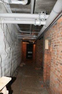 Секция Б. Кладка кирпичных стен подвальних помещений.